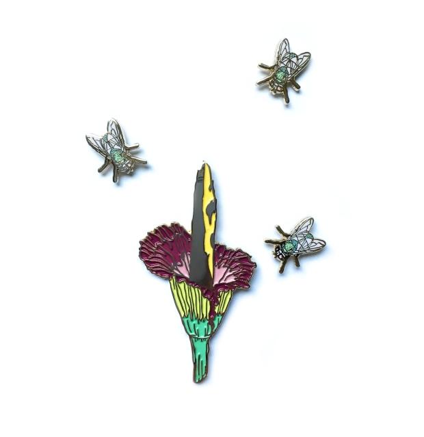 pins_titanarum_3flies